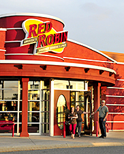 Maine Commercial & Retail Photography - Red Robin Restaurant Entrance and Customers